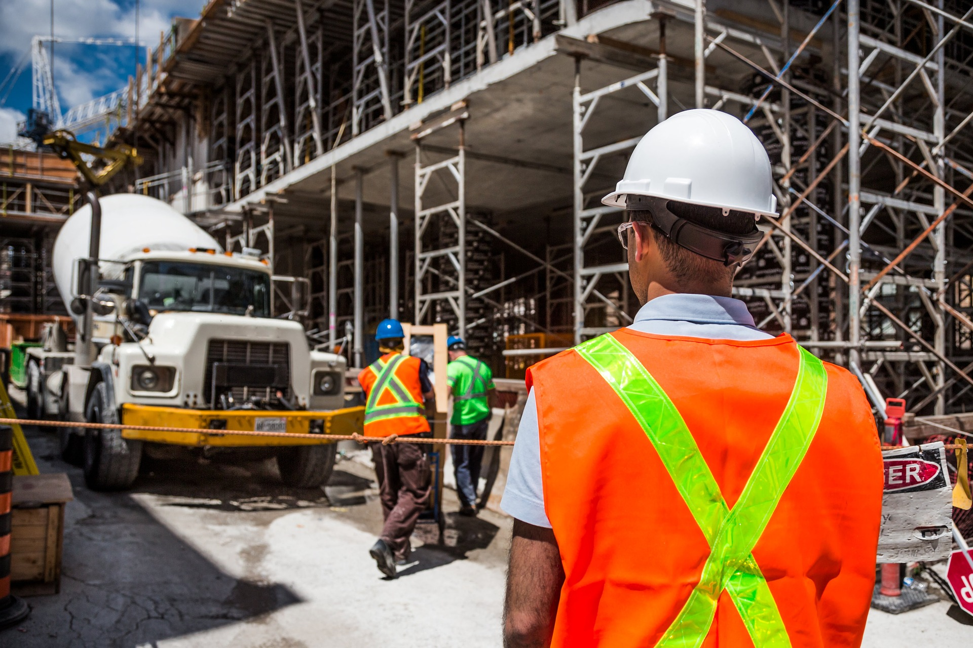 General Contractors vs Subcontractors: Knowing the Difference